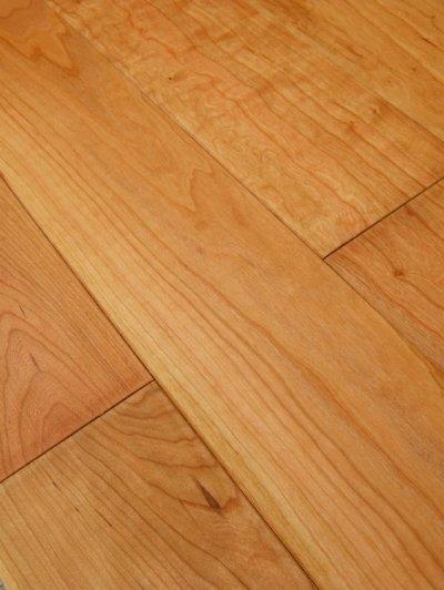 画像2: ジェンウッド 三層複合フローリング アメリカンブラックチェリー 自然塗料塗装・床暖房対応 910×130×15